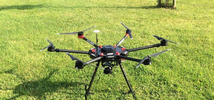 Landmeters gebruiken drones