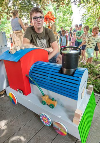 Student VTI Roeselare bouwt interactieve trein